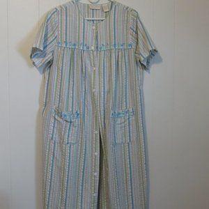 *3/10* Intimate Essentials SS Cotton Robe Sz. M